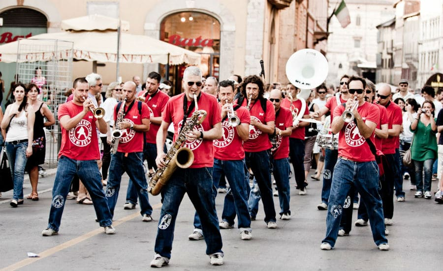 Flashmob - i Funk Off, funk marchin' band italiana